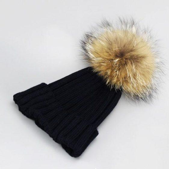 damska zimna ciapka cierna