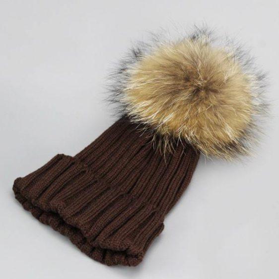 damska zimna ciapka hneda