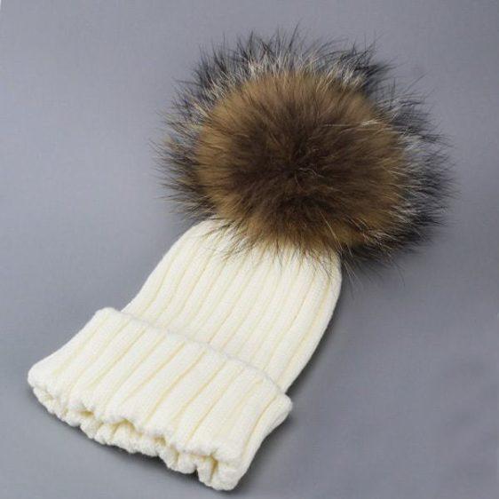 damska zimna ciapka biela