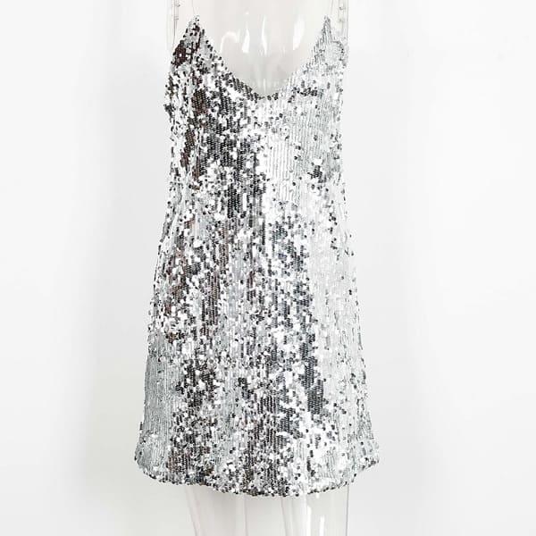 Trblietavé strieborné krátke šaty  0632f34b975