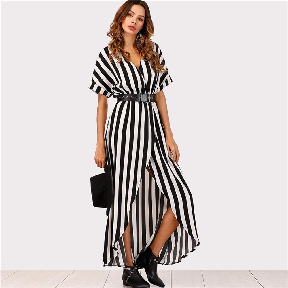c30f182d5f Pásikavé dlhé šaty s opaskom