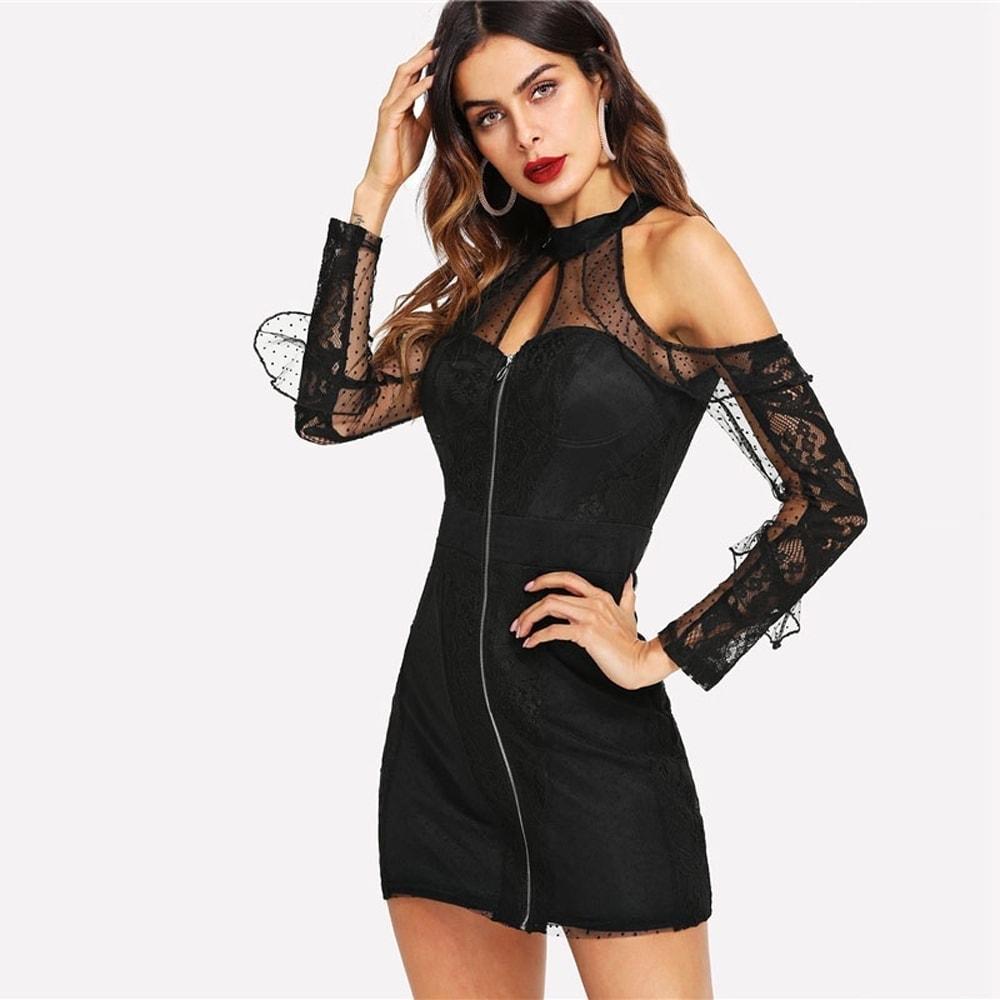 7b8dd23c7e Sexi čierne krátke šaty s čipkou