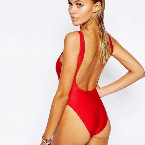 cervene jednodielne plavky
