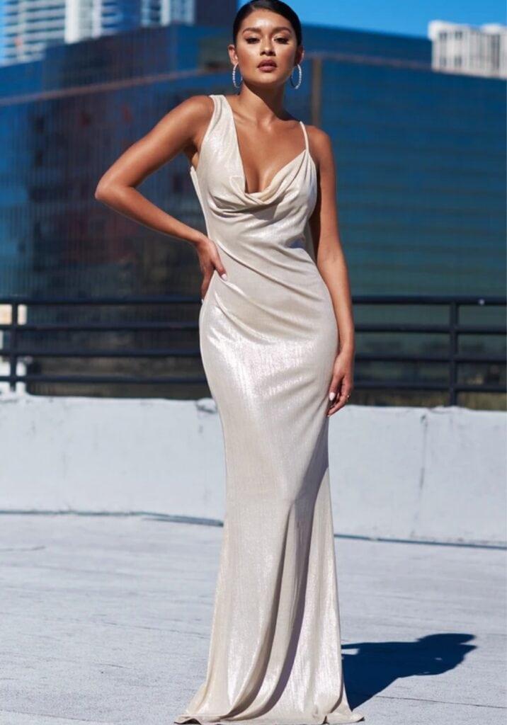 Spoločenské šaty na svadbu na rok 2021 1
