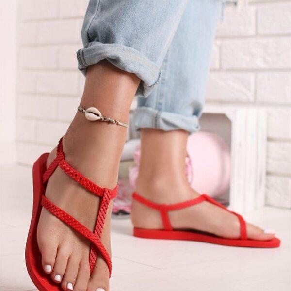 cervene nizke sandale
