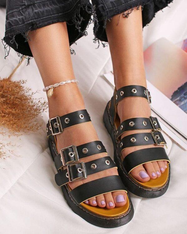 cierne kozene sandalky
