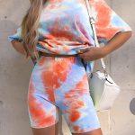 modro-oranžová