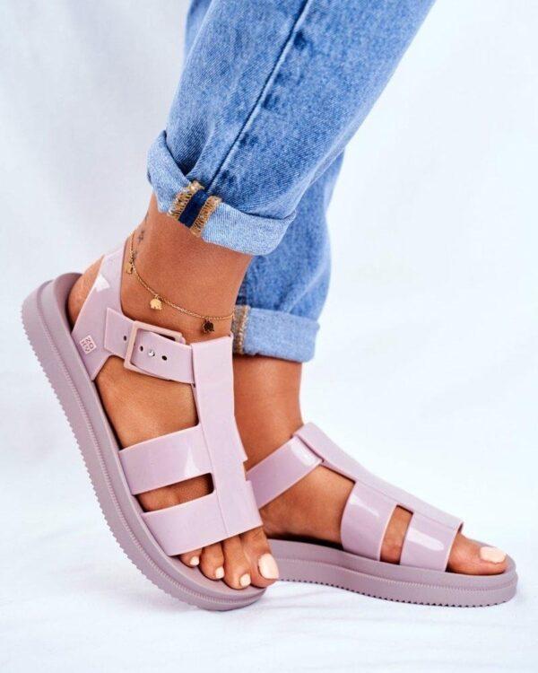 nizke ruzove sandalky