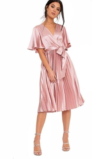 Spoločenské šaty pre moletky - 5 Tipov 1