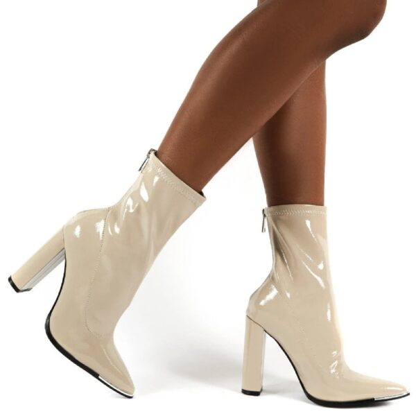 damske lakovane cizmy