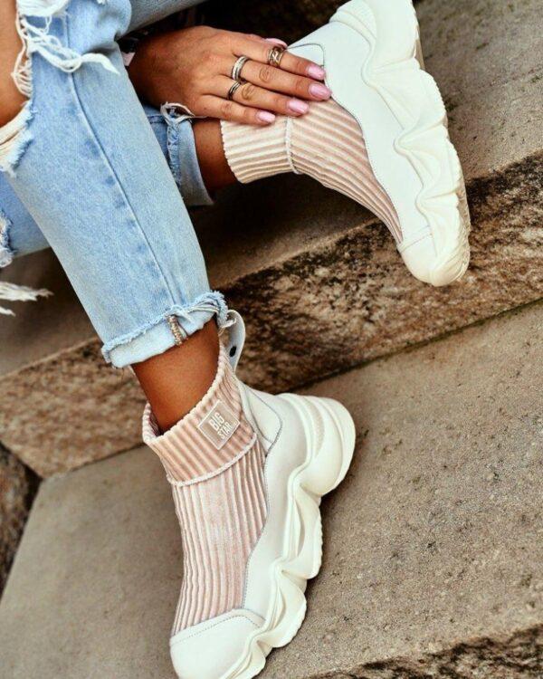 ponozkove blede tenisky