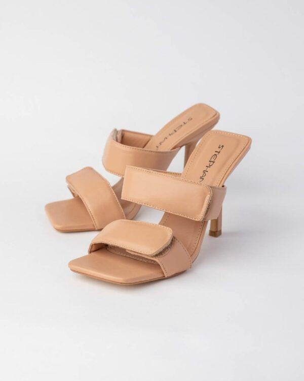 vysoke bezove sandalky