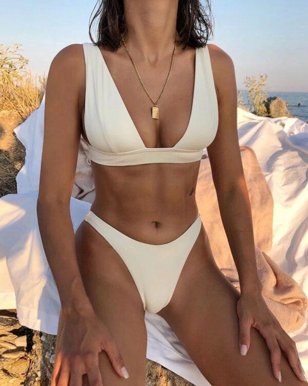 brazilske plavky biela