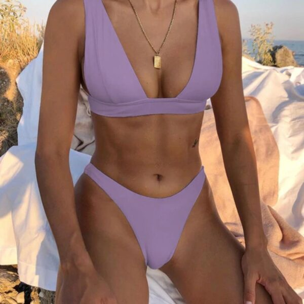 brazilske plavky fialova