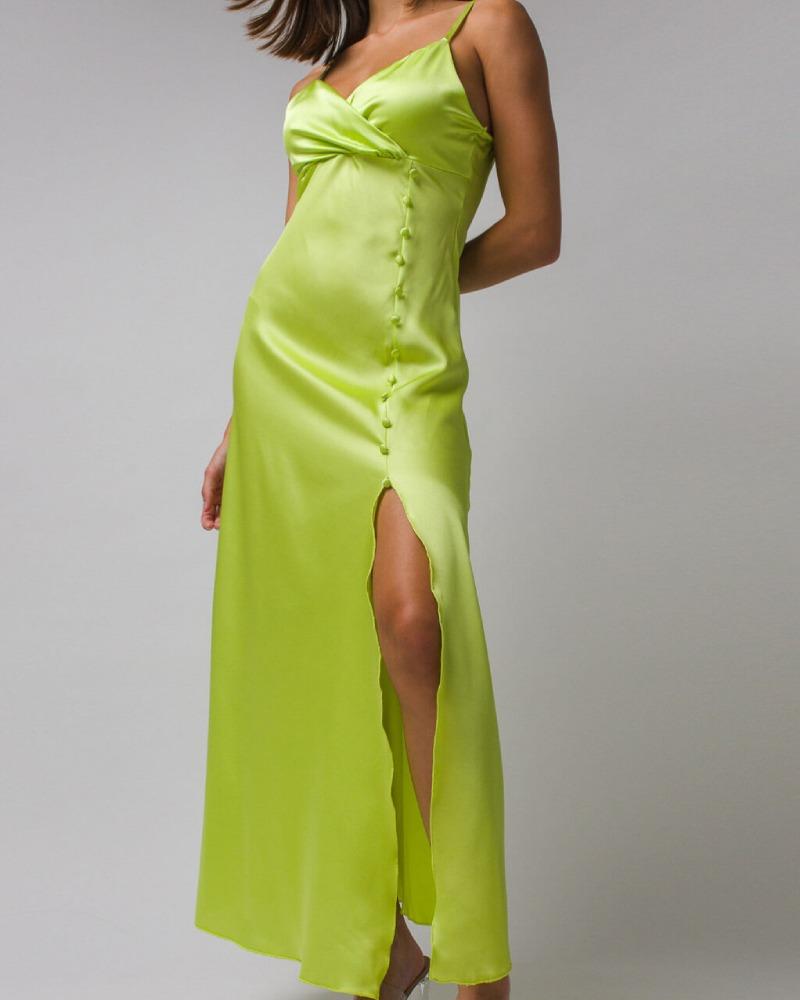 Saténové šaty sa stali hitom tohto leta! 1