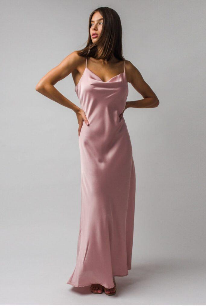 Spoločenské šaty: 6 E-shopov, kde si vyberiete tie najkrajšie 1