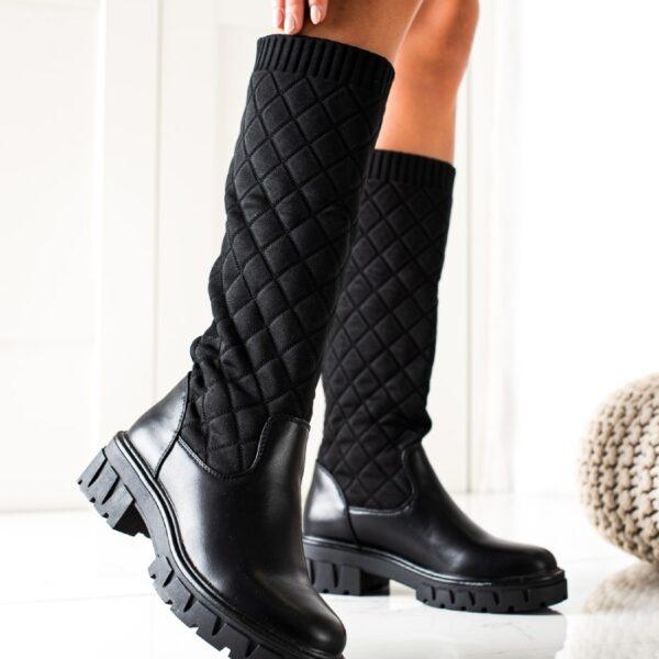 cierne cizmy pod kolena