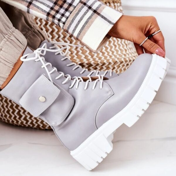 damske cizmy na snurovanie