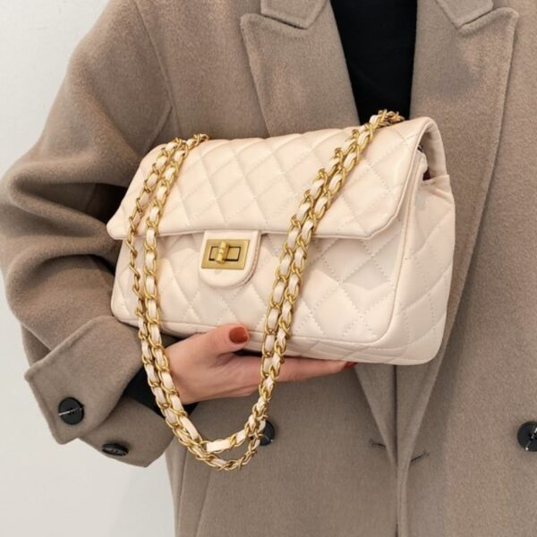 kozena kabelka - biela